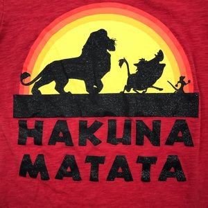 Disney Youth Hakuna Matata red t-shirt